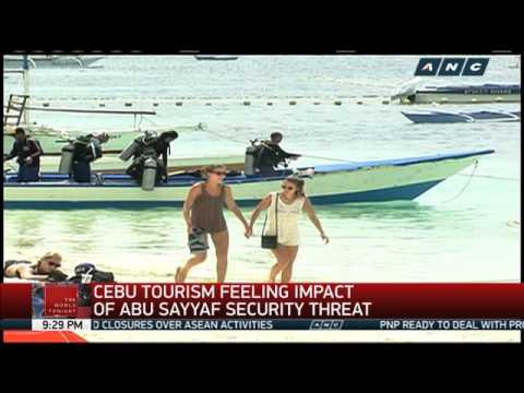 Armed men seen on island in Cebu, residents say