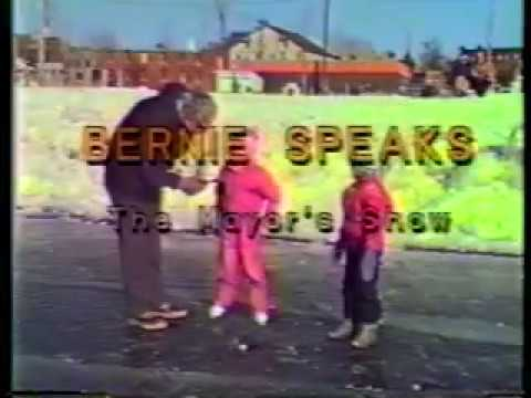 Bernie Sanders Asks Dr. Terris about Canada's Health Care and How They Got It (1987)