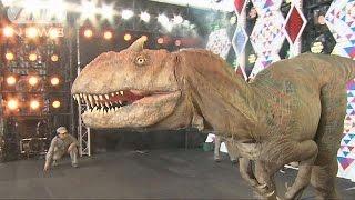 六本木でティラノサウルス大暴れ!大迫力恐竜ショー(16/08/18)