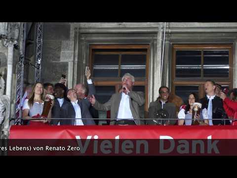 FC Bayern München Meisterfeier 2017 -  Carlo Ancelotti singt....