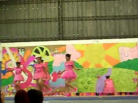 A Volar (Performance Dance)