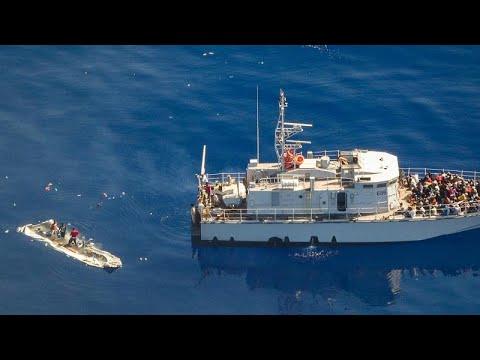 يورو نيوز:ليبيا وقوارب الموت.. إنقاذ 290 مهاجرا قبالة سواحل طرابلس جلّهم عرب وأفارقة …