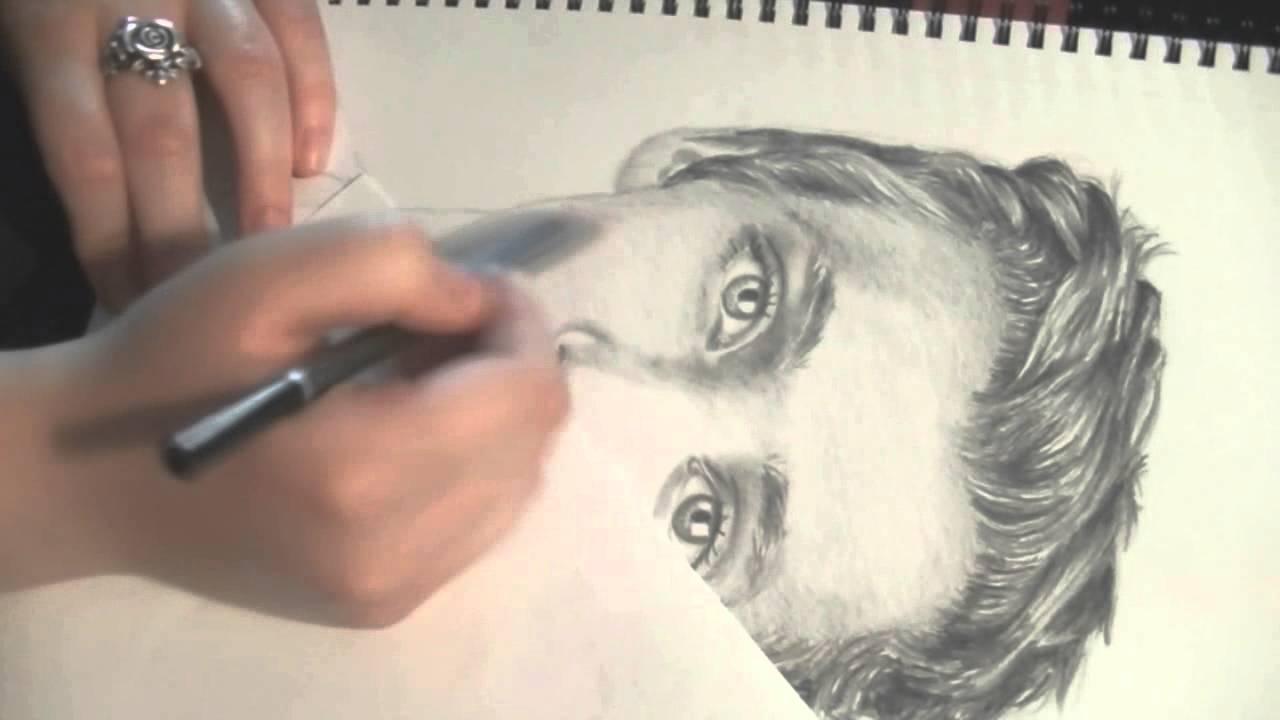 Drawing Troye Sivan - YouTube