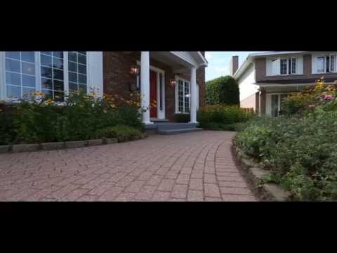 Superb Family Home with Amazing Back Yard - 10 Strathearn Court, Ottawa  - For Sale