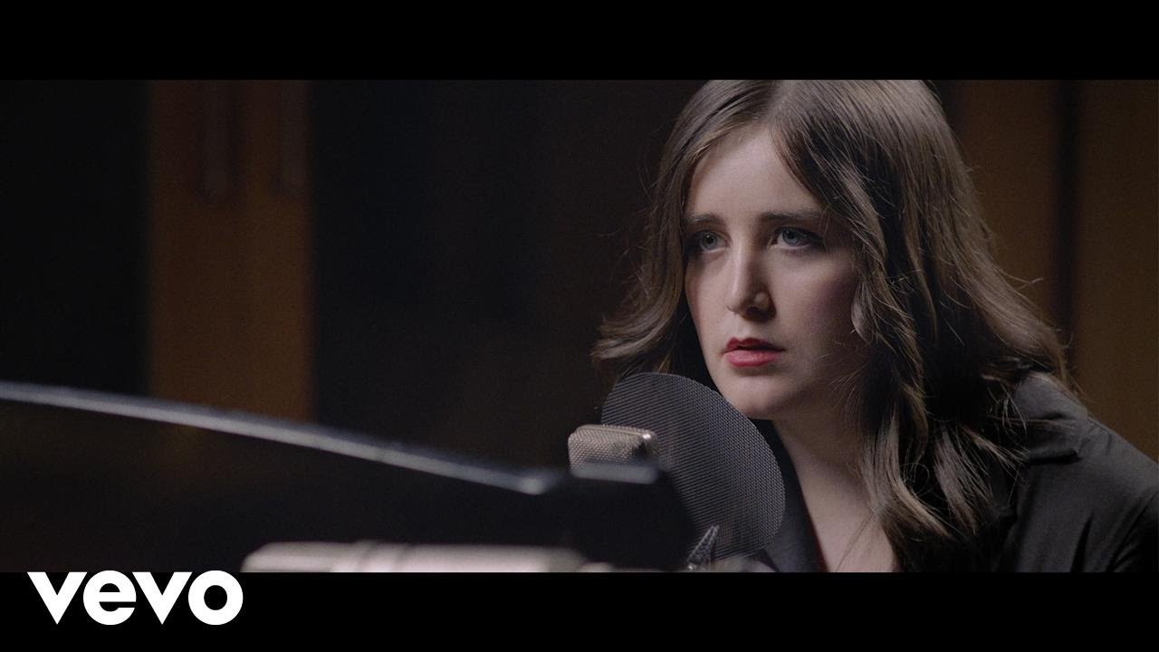 lauren-aquilina-you-oughta-know-live-at-abbey-road-studios-laurenaquilinavevo