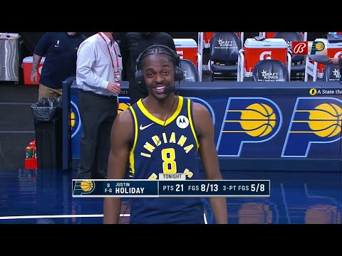 Justin Holiday on his brother Aaron: 'He looked very comfortable'