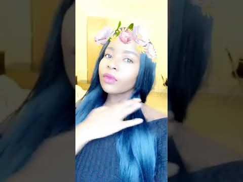 Beautiful chick lypsing to Jah Signal ft boom betto ' s - paye mairevei 2018