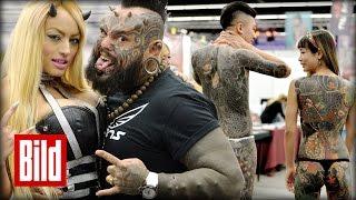 Tattoo Convention in Frankfurt - 25 Jahre Körperkunst / Besucher zeigen ihr Tattoos