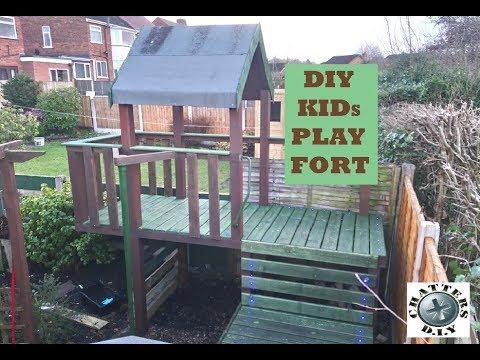 DIY kids tree fort
