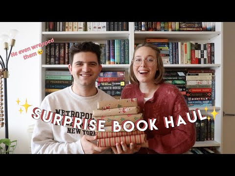 My Boyfriend Picks My Book Haul!! *Surprise Unboxing!*