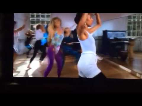 Goldie Hawn Housesitter dance class