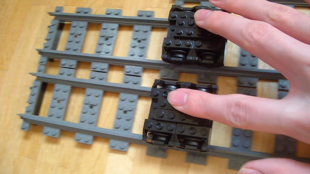 Lego Hidden Side Train wheel comparison (30877)