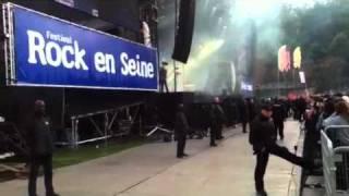 The streets - trust me (rock en seine)