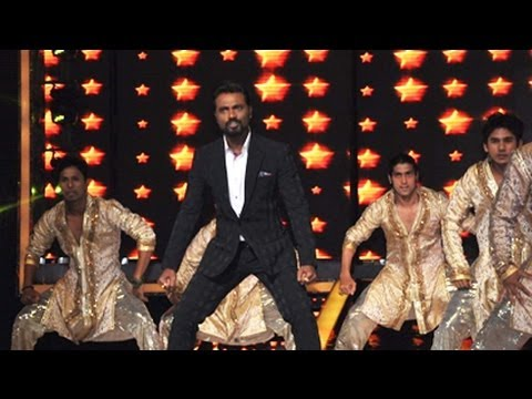 Remo D'Souza's Live Performance at Jhalak Dikhhla Jaa 6