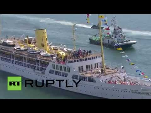 Egypt: Sisi welcomes New Suez Canal project with massive military parade