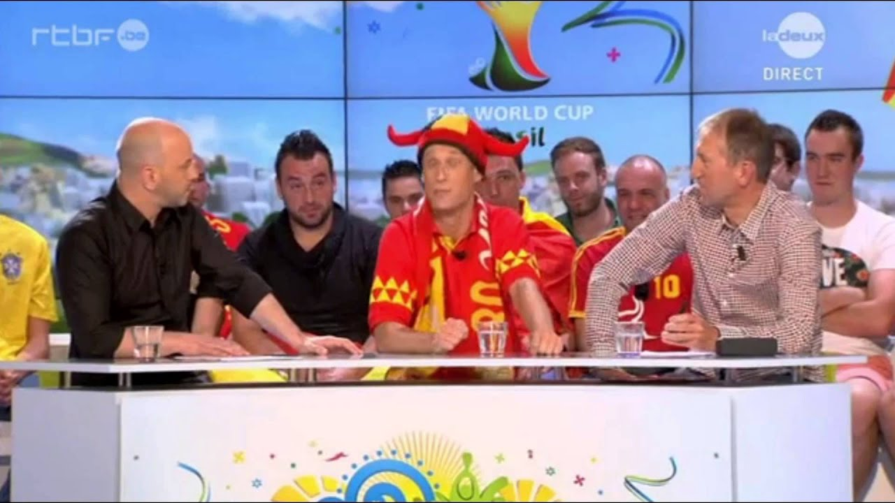 Download 02 - Les Cariocas sociaux - Jérôme de Warzee et Kiki l'innocent - Coupe du monde - RTBF