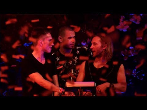 'Flight 643' played by David Guetta, Afrojack & Nicky Romero live at TomorrowLand 2013