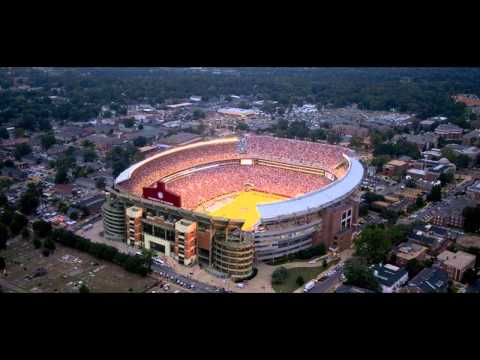 Top 10 Largest Stadiums in United States