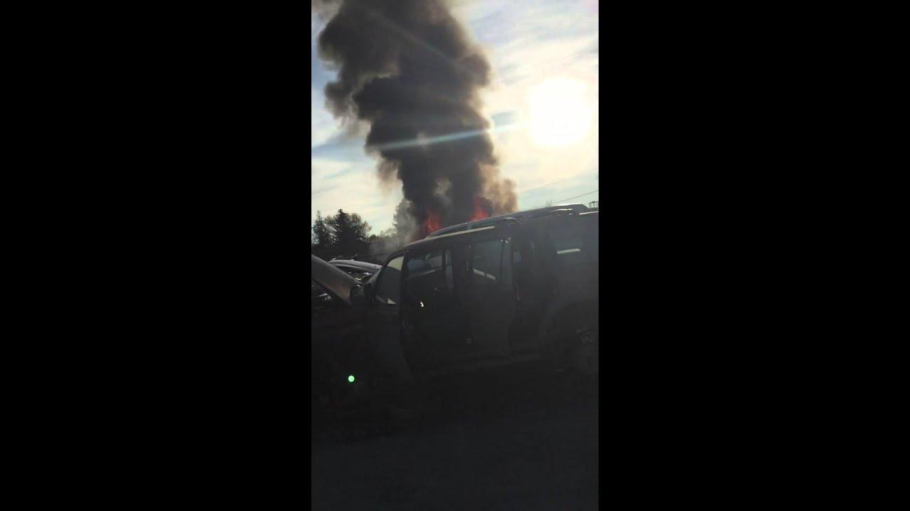 Pick N Pull San Jose North On Fire Youtube