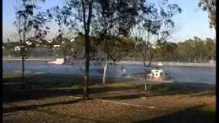Griffith Park Fire: HELICOPTERS TAKE ON WATER