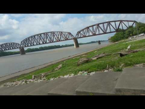 Peaceful time at the Ohio River