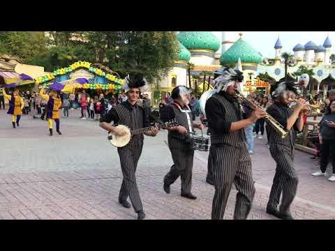 Gardaland Halloween Parade