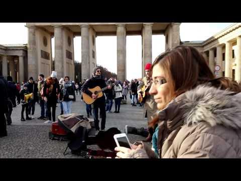 Berlin 27/11/2016 Bastille - Pompeii cover