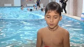 В Днепропетровске стартовала программа обязательного обучения плаванию среди школьников