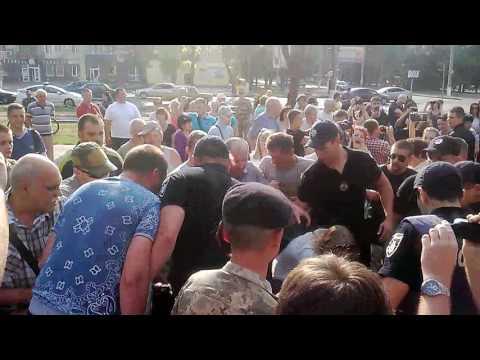 Полиция скручивает противника митинга Надежды Савченко в Николаеве