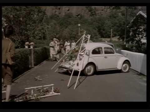"""Car chase from the movie """"Kurt Olsson - filmen om mitt liv som mej själv"""""""