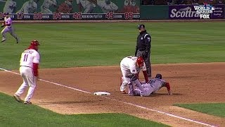 Cardinals walk off on obstruction call in Game 3 of the World Series