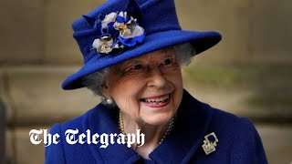 video: Queen uses walking stick for first time in 17 years as she attends Westminster Abbey