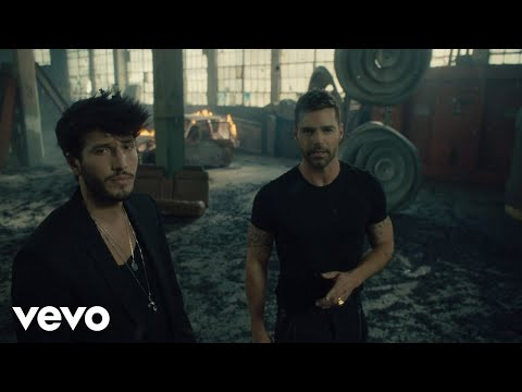 Falta Amor - Sebastián Yatrá ft. Ricky Martin