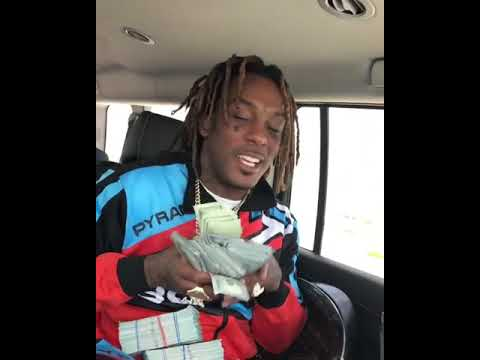 Lavish D shows $100k in cash while previewing new music on his way to a  shoot