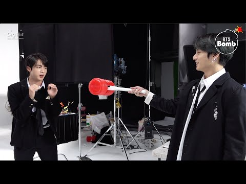 [BANGTAN BOMB] Boxing with a Squeaky Hammer - BTS (방탄소년단)