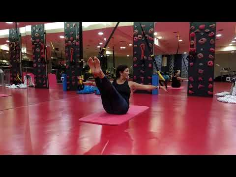 The exercise of the day!!! TRX ® PILATES by Natasa Filaiti 😉 (Teaser & rolling the a ball).