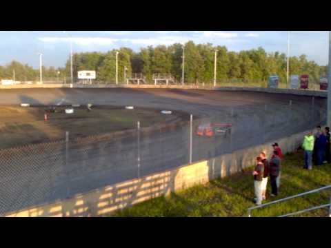 Troy English at Benton raceway park