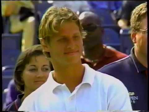 [Flashback Friday] 1998 US Open junior boys and girls winners, guess who's there ?