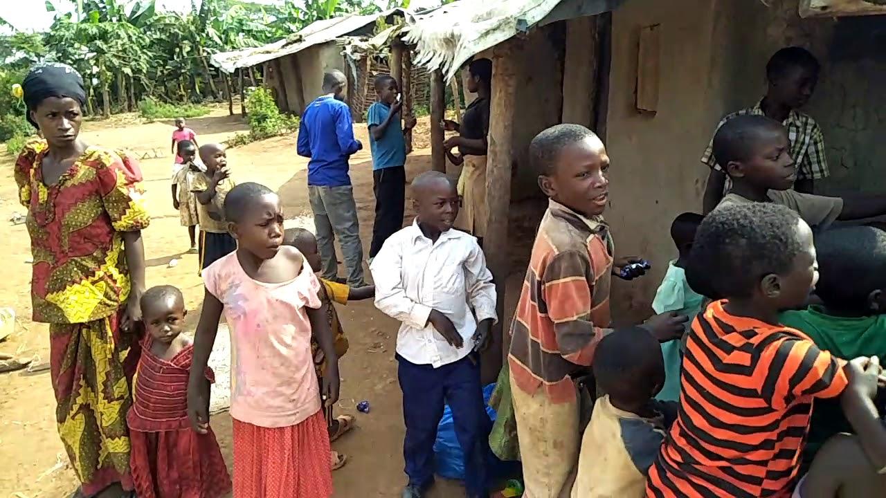 Pygmy Children   Near Semliki National Park, Uganda