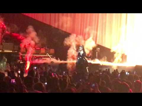 Ariana Grande - Dangerous Woman @ TD Garden Boston