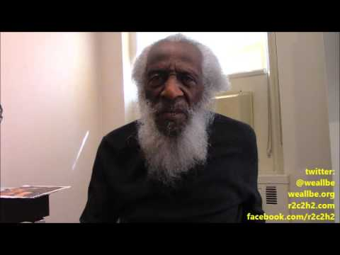 OctoBEr Surprise 2016: Dick GREgory Talks Donald Trump Scandal, NO Election 2016 & Martial Law