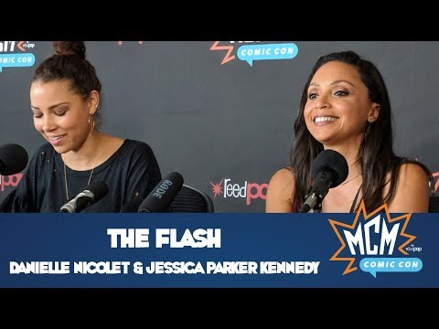 The Flash's Danielle Nicolet & Jessica Parker Kennedy   MCM Comic Con London  May 2018