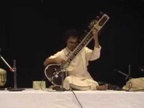 Pandit Shubhendra Rao playing Bageshwari Alaap