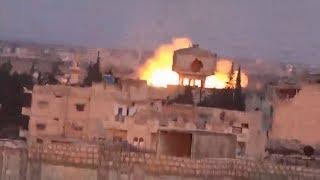 El Ejército de Siria lanza una bomba de barril en bastión rebelde