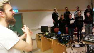 Norwegian Choir sings Nasi Padang