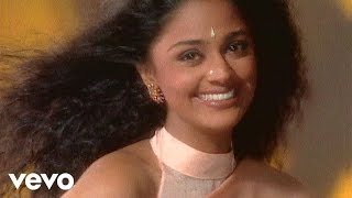 Suneeta Rao - Chhoti Chhoti Baatein Video | Reason to Smile