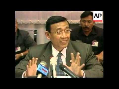 INDONESIA: GENERAL WIRANTO REFUSES TO RESIGN (2)