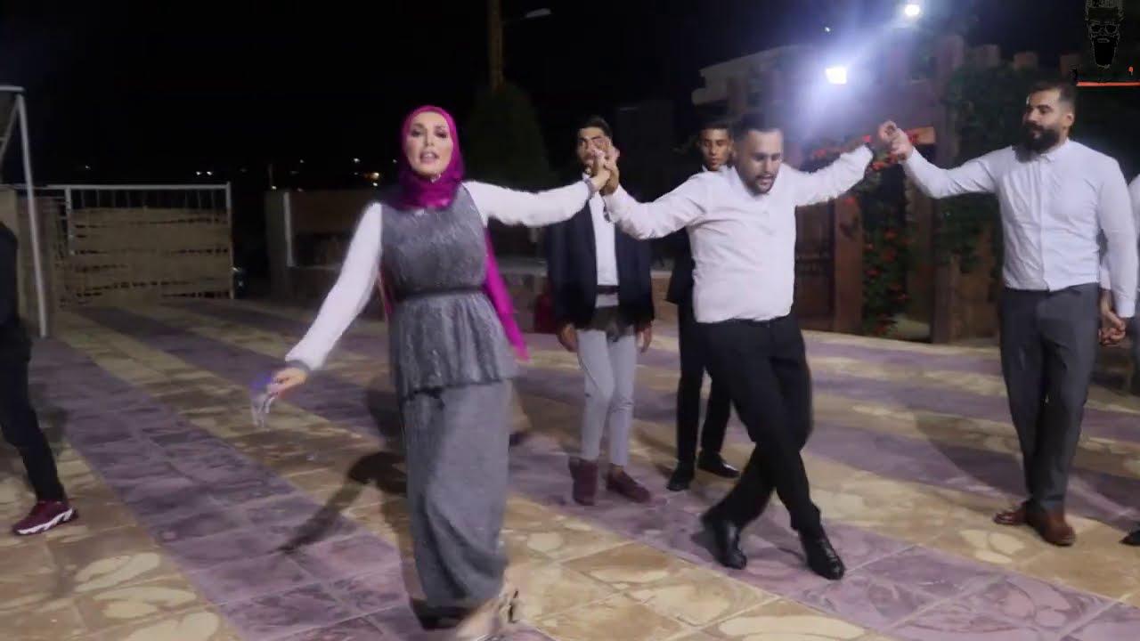البنت اللبنانية أقوى بنت بالدبكة   شوف هالصبية بس تنزل عالدبكة Amazing Dance Girl