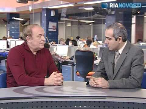 Interview de l'expert militaire russe Viktor Baranets   Vidéos   RIA Novosti.flv