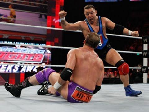 Raw: Santino Marella vs. Zack Ryder - WWE Bragging Rights Qualifying Match